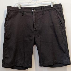 Quicksilver black shorts sz 34